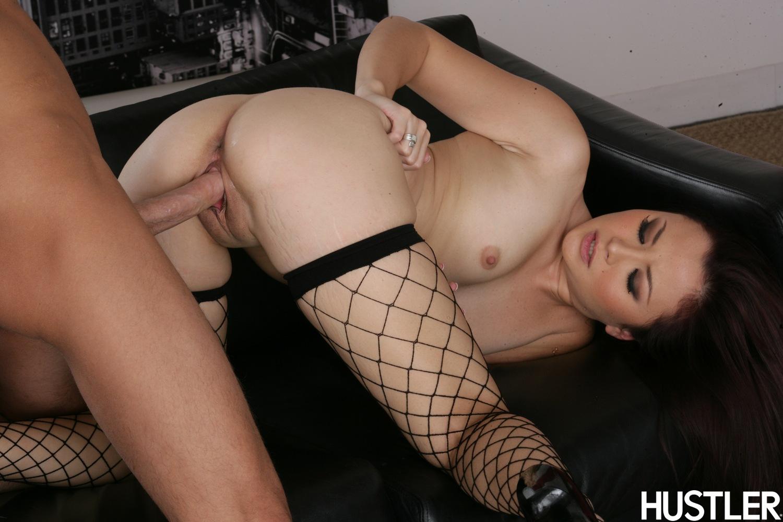 Смотреть порно онлайн с негритосками и азиатками 26 фотография